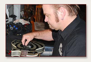 Jimmy Bomann - Guitar Tech